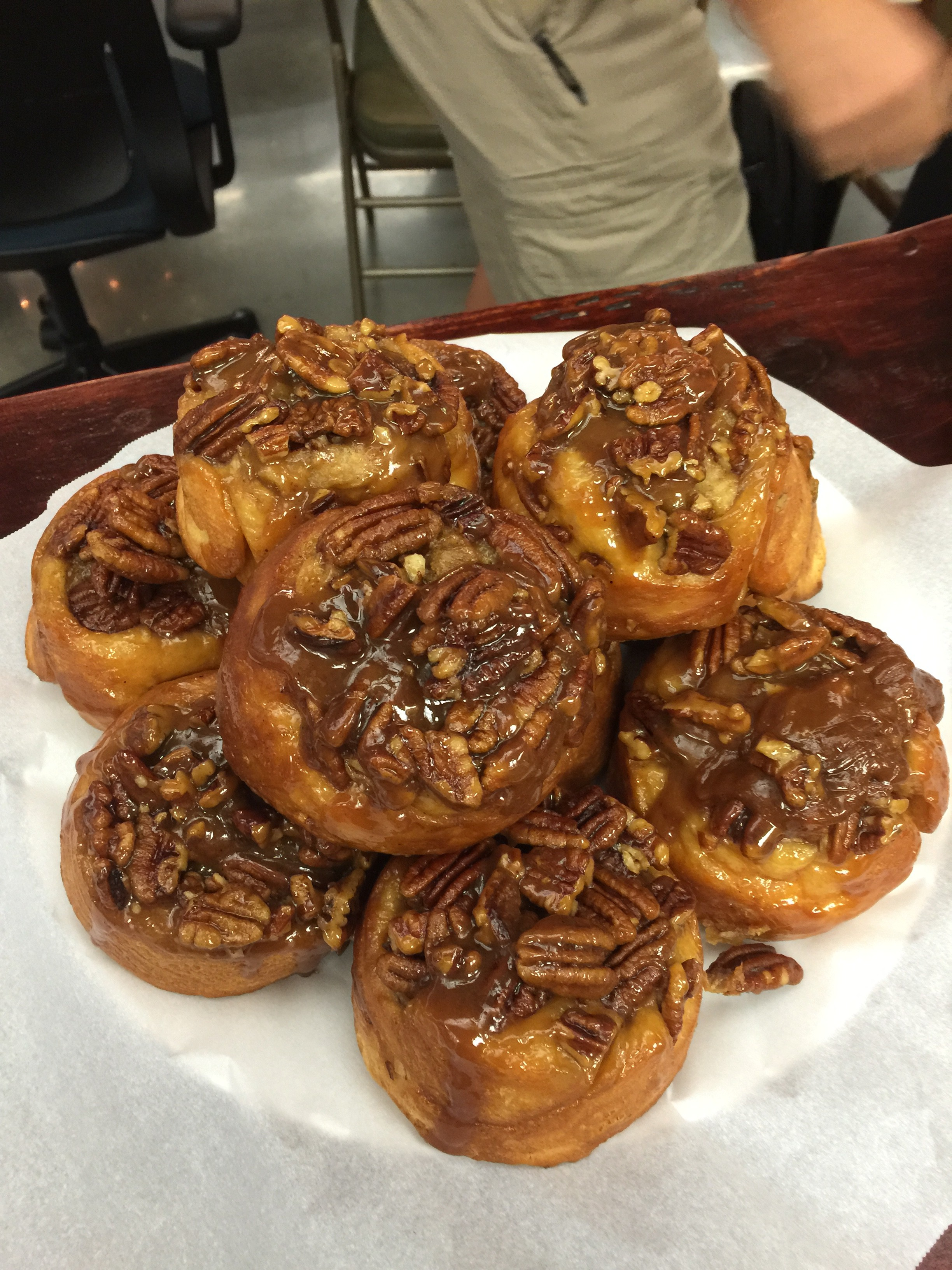 Pecan Rolls - Oh 4 Goodness Cakes - specialty cakes - pastries - rolls - pies - cookies - bread